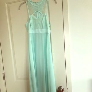 NWOT BCBGeneration Maxi Dress Size 0 Mint Green